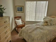 bedroom 21456438395